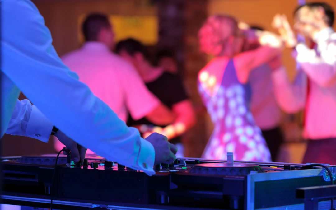 DJ St. Catharines – Wedding DJ Services